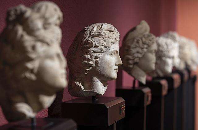 enciclopedia motta certificazione di essere la prima in Italia